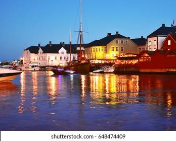Arendal city at night.