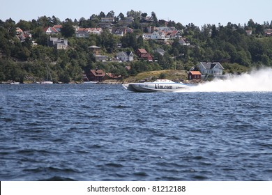ARENDAL - JUL 16: Boat 74. Team: DAC Racing.Norwegian Grand Prix. July 16, 2011. in Arendal Norway