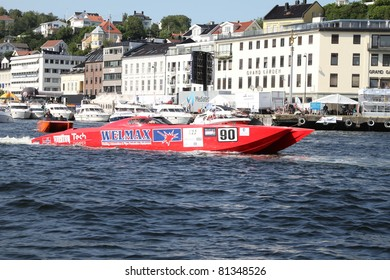 ARENDAL - JUL 16: Boat 90,Team: Welmax Offshore Racing. Norwegian Grand Prix. July 16, 2011. in Arendal Norway
