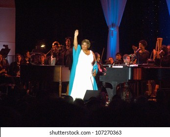 Aretha Franklin performing at the celebration for the official opening of the William J. Clinton Presidential Library November 18, 2004 in Little Rock, AK