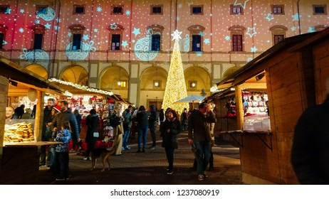 AREZZO, ITALY - NOVEMBER 17, 2018: Piazza Grande in the historic center of Arezzo at christmas time