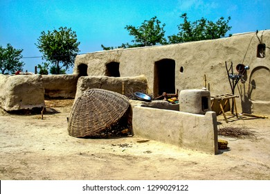 Arifwala: dated 01/04/2012, Pure soil mud house, pigeon walk big size basket for save hen in night, Arifwala tehsil district of Punjab Province of Pakistan.