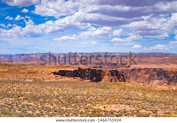 Suchen Sie Nach Arizona Desert Landscape Background Wallpaper Stockbildern In Hd Und Millionen Weiteren Lizenzfreien Stockfotos Illustrationen Und Vektorgrafiken In Der Shutterstock Kollektion Jeden Tag Werden Tausende Neue Hochwertige Bilder