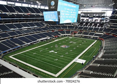 ARLINGTON - JAN 26: A view of Cowboys Stadium in Arlington, Texas from a luxury suite. Preparations underway for Super Bowl XLV. Taken January 26, 2011 in Arlington, TX.