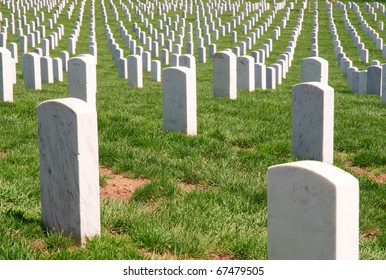 Arlington National Cemetery, rows of graves