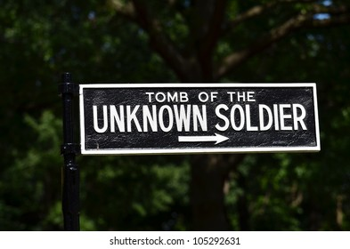 Arlington National Cemetery in Washington DC - Sign to Tomb of the Unknown Soldier