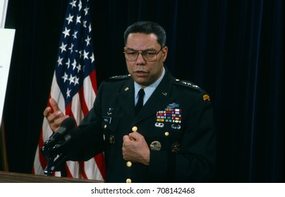 Arlington, Virginia, USA, 24Th January, 1991Chairman of the Joint Chiefs of Staff General Colin Powell (USA) holds a news briefing in the Pentagon press room on Operation Desert Shield