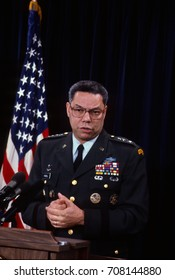 Arlington, Virginia, USA, 24th January, 1991 Chairman of the Joint Chiefs of Staff General Colin Powell (USA) holds a news briefing in the Pentagon press room on Operation Desert Shield