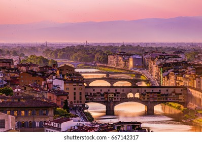 Arno river in Florence sunset / Italy