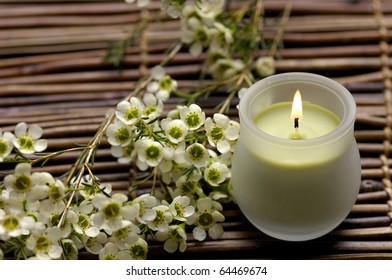 Aroma candle and chrysanthemums for aromatherapy