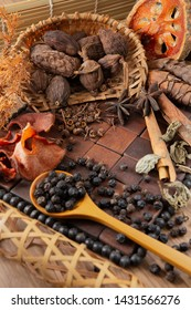 aromatic spices  add flavor for foods.