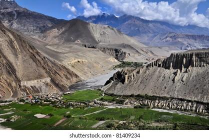 The around Annapurna trek in the Nepal Himalaya. The Village of Kagbeni, perched above the Kali Gangaki river