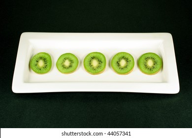 Arrangement of Kiwi