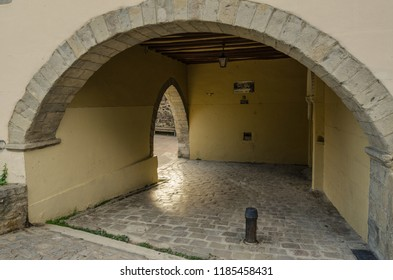 Arre, España, 21/09/2018 :  Detail of the portal that gives access to the hostel of pilgrims in the Trinidad de Arre