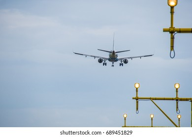 Arrival at the airport - airplane landing