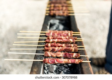 Arrosticini, grilled specialties in the Gran Sasso National Park