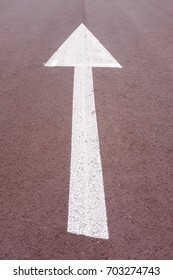arrow pointing the upper direction