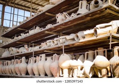 artefacts recovered from pompeii