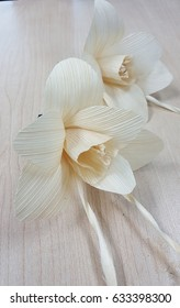 Artificial Funeral Flowersmade from dry corn  husks used for  memorial andfuneral ceremony in Thailand