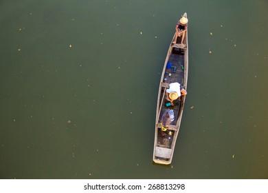 artisanal fisherman /  fisherman /  fisherman