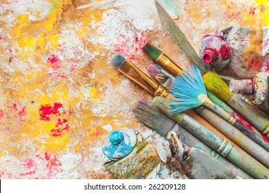 Artistic, artist, art.
