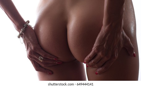 Artistic nudity style picture of woman buttocks with goosebumps on skin