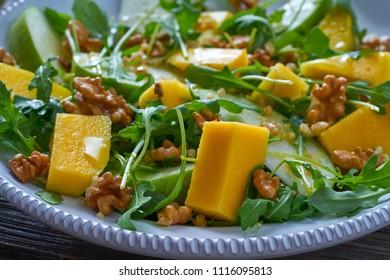 Arugula mango and apple salad healthy for heart