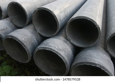 Asbestos pipes is used to put the sewage system.Format asbestos piping.