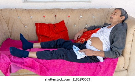 ascitic disease - ascites in humans, and he sits on a soft sofa and thinks how to be treated