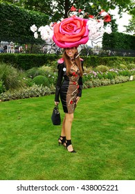ASCOT  - JUN 16, 2016: Tracy Rose attends Ascot racecourse for Ladies Day Royal Ascot on Jun 16, 2016 in Ascot