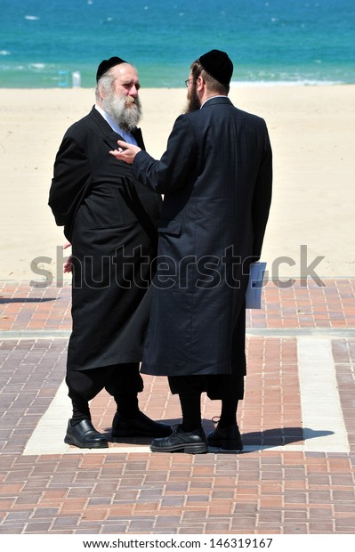 ASHDOD, ISR - APR 15:Ultra-Orthodox Jews on Apr 15 2010.New bill in Israel may make military service mandatory for ultra-Orthodox Jews, reversing an exemption policy since the beginning of the state.