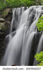 芦別滝 – 北海道札幌