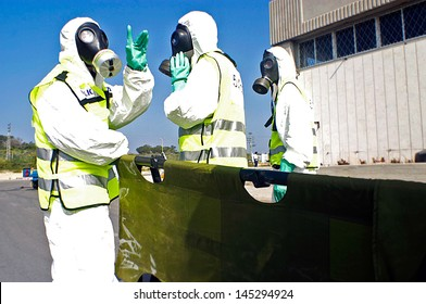 ASHKELON,ISR - JAN 22:Israeli special forces exercise chemical and biological warfare on Jan 22 2006.Since 1960 Israel has been under constant threat from Arab states mass destruction weapons.