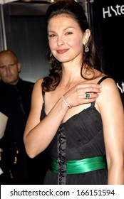 Ashley Judd at Stern Star Diamond Launch Event to Benefit YouthAIDS, H Stern Fifth Avenue boutique, New York, NY, October 10, 2006