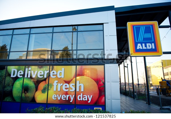 ASHTON-UNDER-LYNE, MANCHESTER: DEC 11: Aldi Food Market Dec 11, 2012 in Ashton-Under-Lyne, Manchester, UK. The German-based discount supermarket chain currently operates over 8,000 stores.