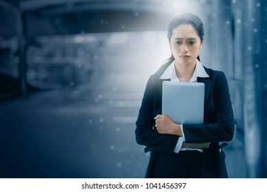 Asia business woman disappointed in failed work without success, as set goals. Do not work I want to make the mistake of making mistakes. In order to get back to work.Business Concept for Business