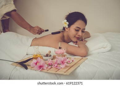 Asia young women and healthy woman in spa salon. Traditional medicine and healing concept.vintage style.