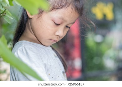 Asian baby girl eye swell, Allergy after mosquitoes biting at eye small girl