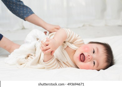 asian baby smiling