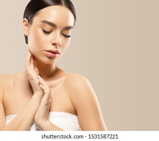 Asian beauty woman healthy skin and hair close up face