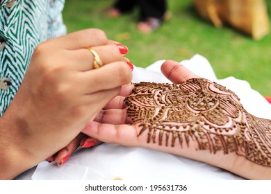 Asian Bridal Henna,intricate designs from Indian art/ Henna - India
