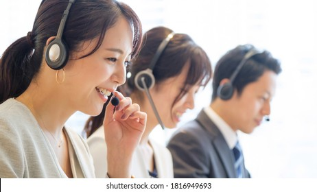 asian business people working in call centers