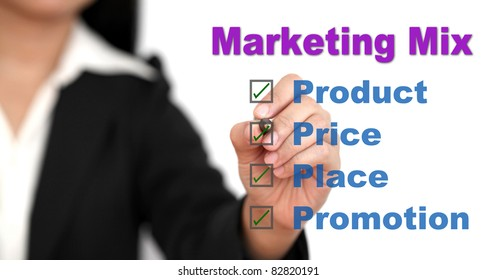 Asian businesswoman doing marketing mix for business