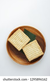 Asian food, deep fried tofu