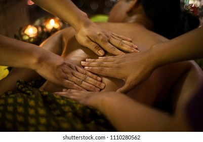 asian four hands massage spa natural organic beauty treatment