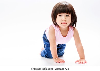 asian girl crawl and looking in left