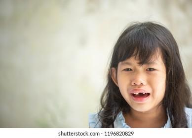 scream Thai in pain girl
