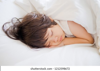 asian girl sleep on bed, kid sick, kid sleep, child sleep