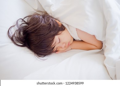 asian girl sleep on bed, kid sick, child sleep