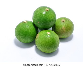 """Asian Lime, It's keep you fresh and also an ingredient of Tomyam (Thai food), it also contain a lot of vitamin that keep your healthy, It's good for summer as well. in Thai we called """"MANOW"""""""